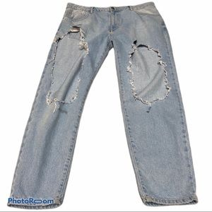 Large hole distressed forever 21 jeans
